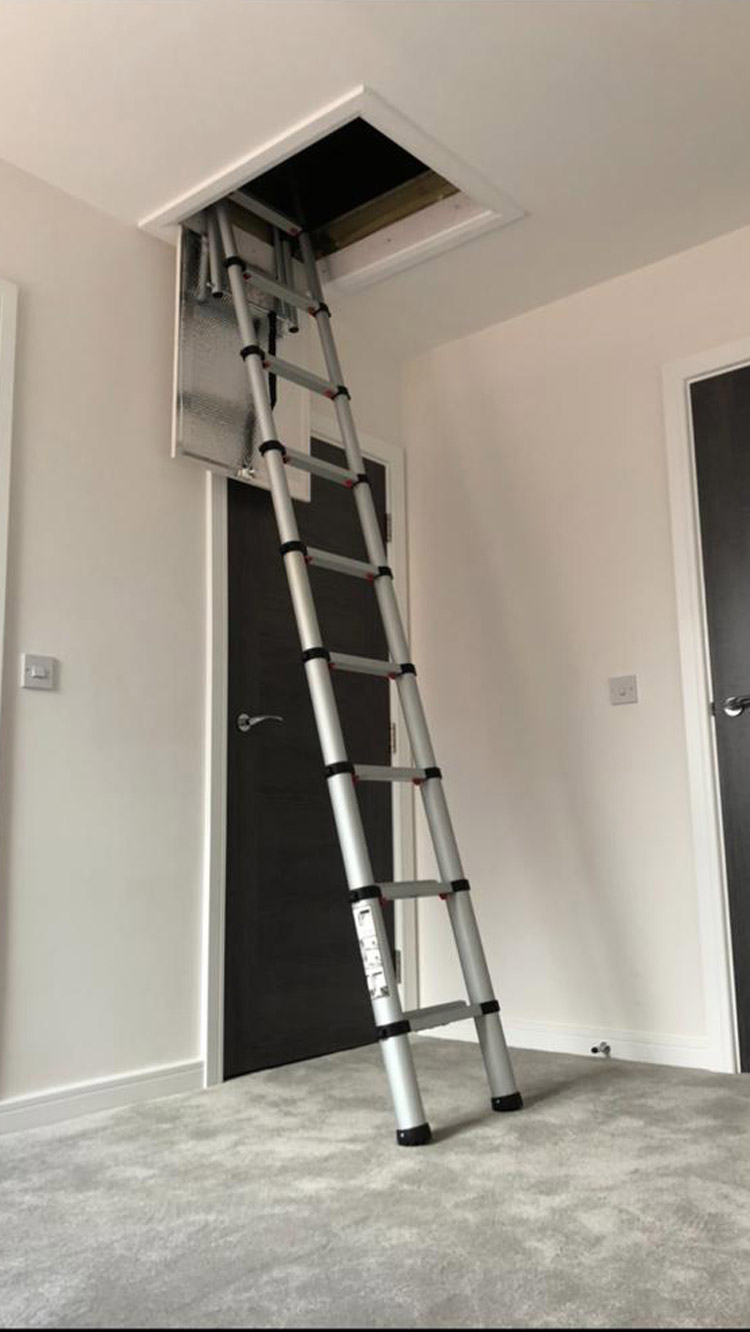 Angle view of a telescopic ladder
